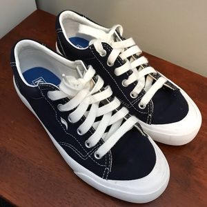 Like new Keds canvas sneakers